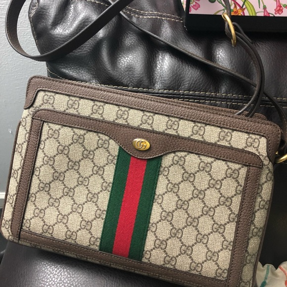 7b088eb7ff93 Gucci Bags | Gg Supreme Shoulder Bag Medium Ophidia | Poshmark